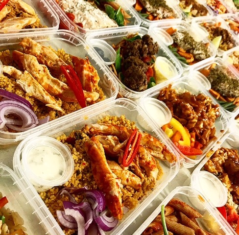 Diet meals in meal prep trays