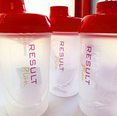 Result plan shake containers