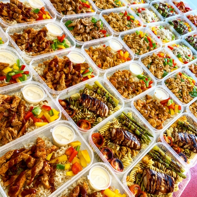Healthy diet meals in delivery trays